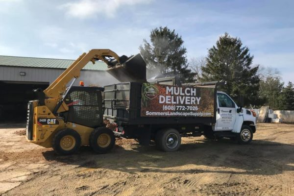mulch-delivery-madison-wi